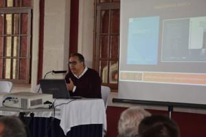 Albert Cortina apre il simposio parlando della valorizzazione e della gestione del paesaggio.