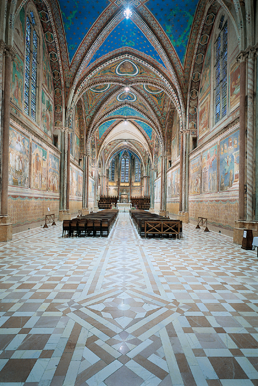 Interno della Basilica superiore di San Francesco D'Assisi - Giotto 3