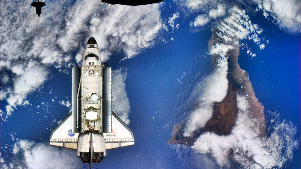 Shuttle Atlantis sobre las islas Canarias. Foto NASA