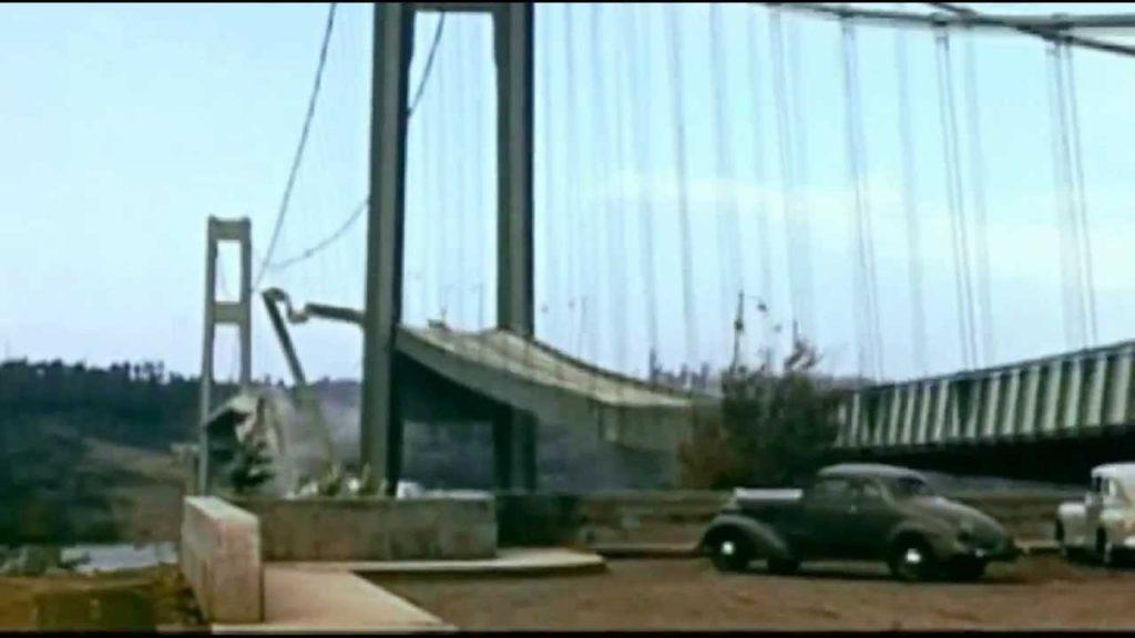 Tacoma Narrows, il crollo del ponte nel 1940.