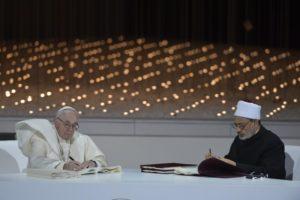 Firma del Documento sobre la Fraternidad Humana por la paz mundial y la convivencia común