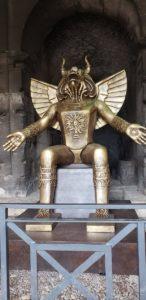 """Imagen de Moloch (Baal) en la entrada del Coliseo de Roma. """"Carthago: el mito inmortal"""" Exposición que durará hasta el 29 de marzo de 2020."""